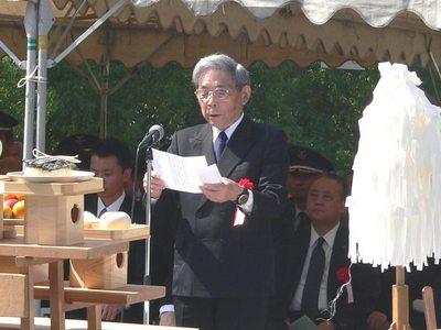 2013宮原海友会会長祭詞奏上.jpg